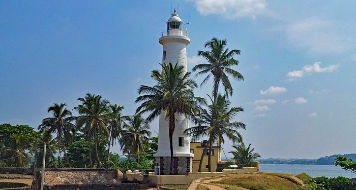 Galle fort is a kid-friendly place to visit in sri lanka