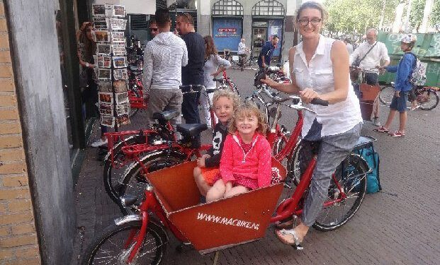 bakfiet bike in amsterdam