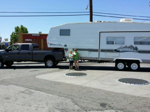 Mindi rosser and her kids on their rv adventure.