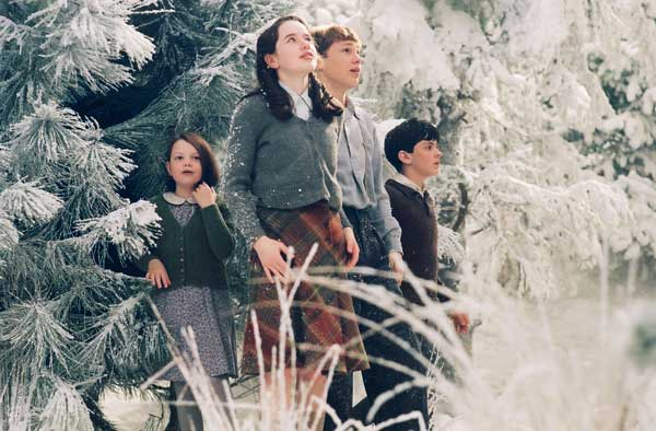 In The Lion Witch & The Wardrobe, 4 children bring Christmas and peace back to Narnia