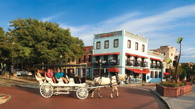 Wilmington, nc has a charming historic quarter.