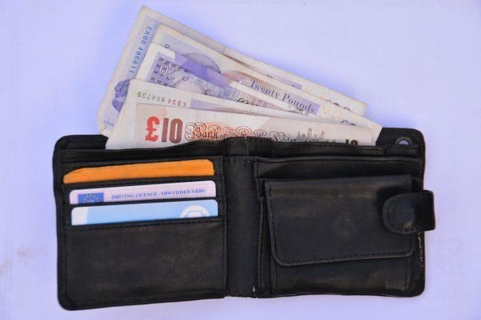 Safe summer travel means hanging on to your wallet