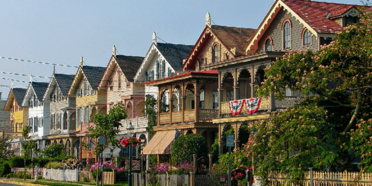 cape May is known for its gingerbread homes