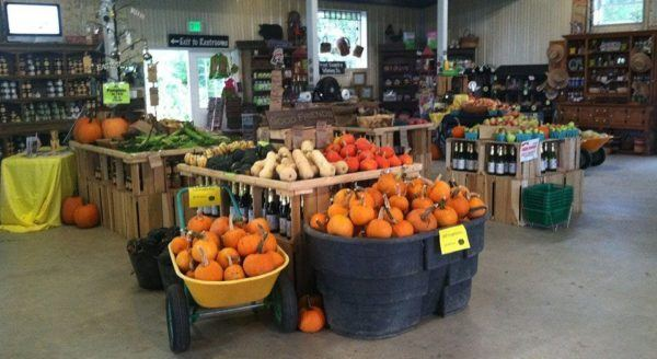 Great country farms is a great side trip on a day trip to bears den state park.