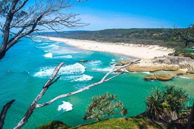Australia has scenic beaches