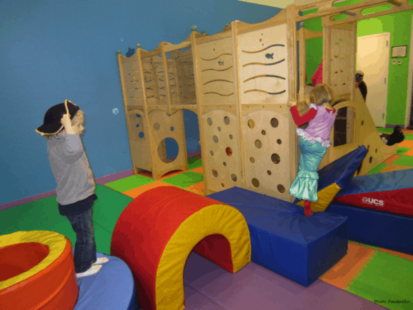 The childrens museum in the hamptons has colorful and large indoor play spaces.